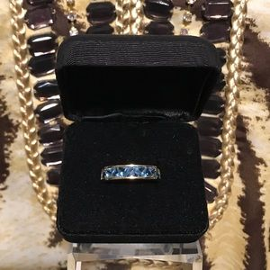 Vintage Suzanne Somers Blue Trilliant Band Ring